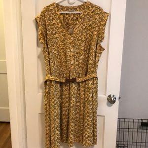 Eshakti sleeveless dress with geometric pattern